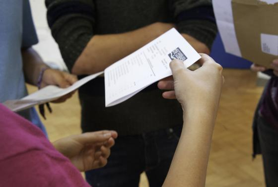 Student receiving results