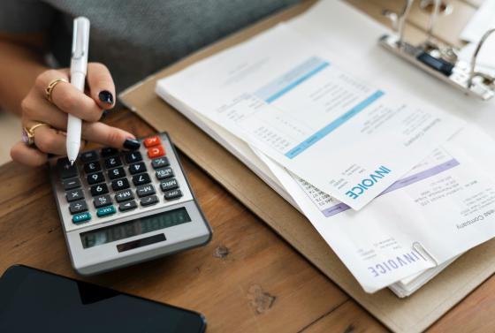 Accounting and Finance Title image Calculator and Invoice